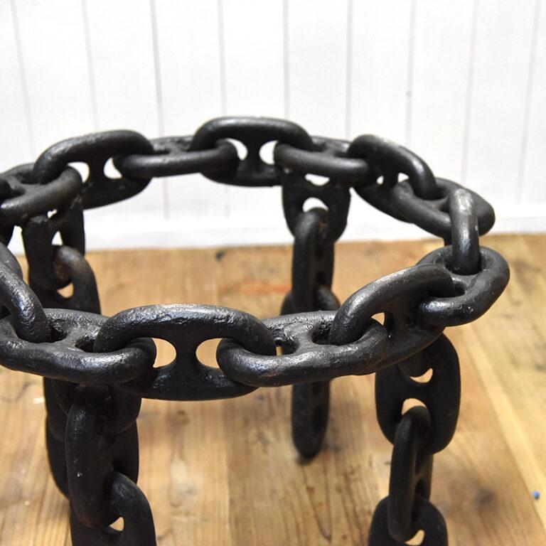 nyv-ironreg_chain01